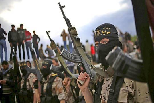 Исламские террористы экстремистской группировки вновь угрожают Российской Федерации навидео сказнью «русского шпиона»