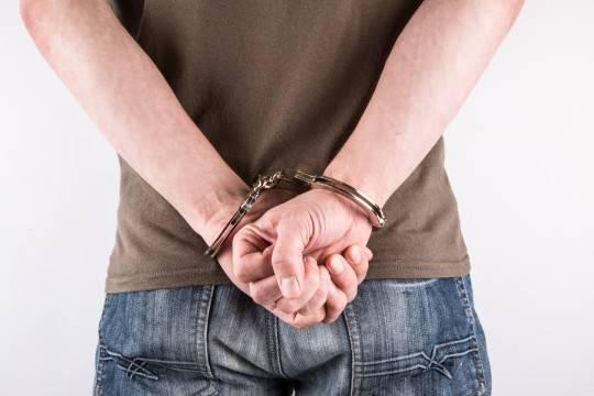 Троих полицейских будут судить вДагестане запобег арестанта