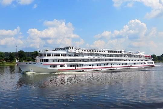 Проект развития круизного судоходства представит Дагестан на консилиуме вСочи